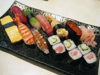 お寿司屋さんにて