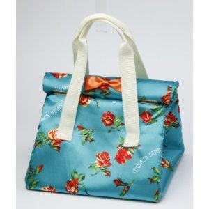 綺麗な保冷バッグなんですが・・・。