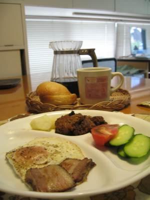 朝食ベーコン