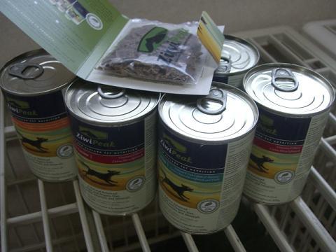 ZiWiPeakの缶詰♪POCHIで買いました♪