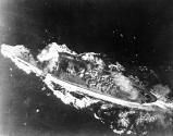 Yamato_hit_by_bomb.jpg