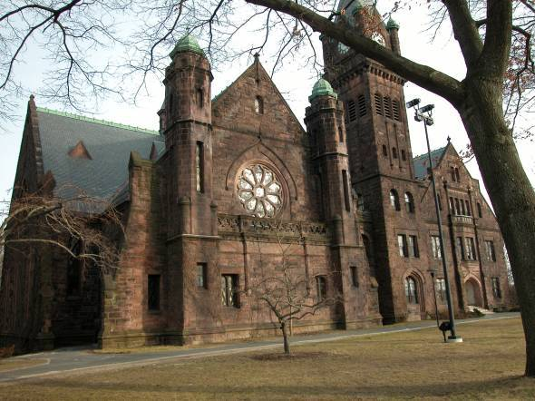 Mount-Holyoke-College.jpg