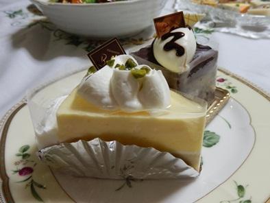 7/21 お祝いケーキはガトーショコラとレモンなんとか