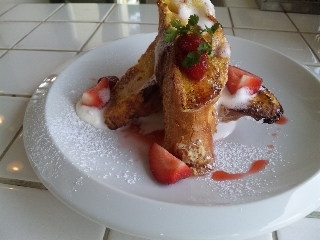 苺のフレンチトースト