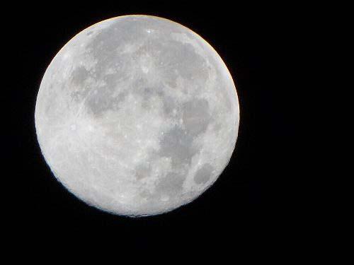 d 沈む前の月
