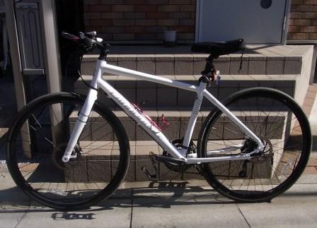 フレームサイズはミディアム。 : 自転車 フォーク アルミ クロモリ : 自転車の