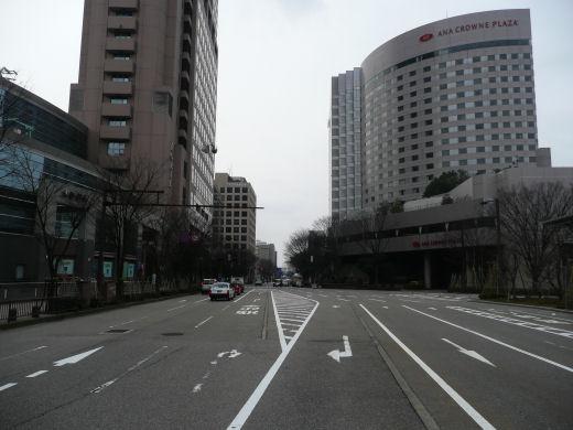 jrkanazawastation120307-6.jpg