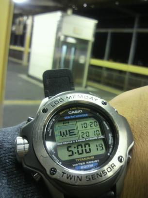 2010102005000000_con.jpg