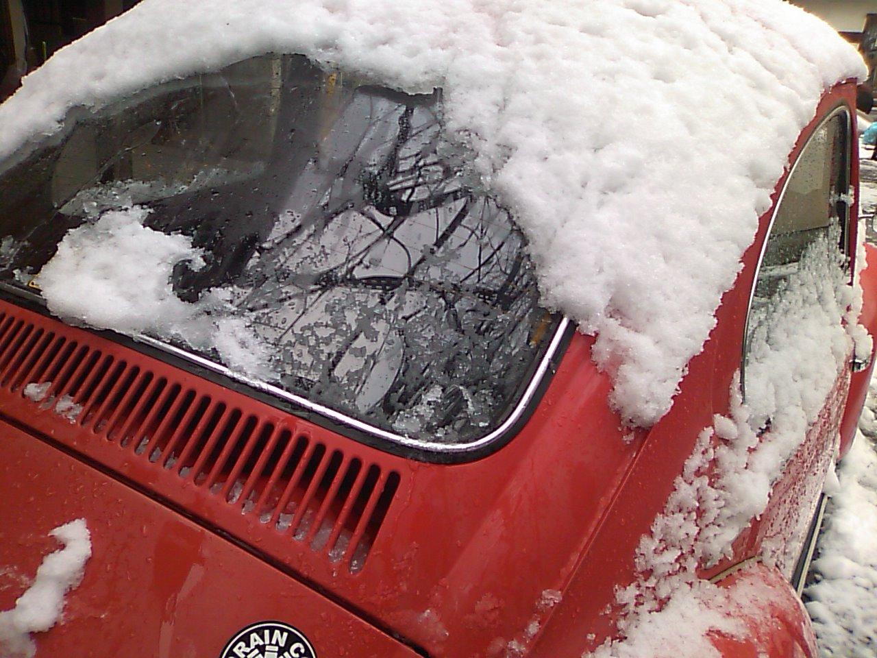 雪の原因…