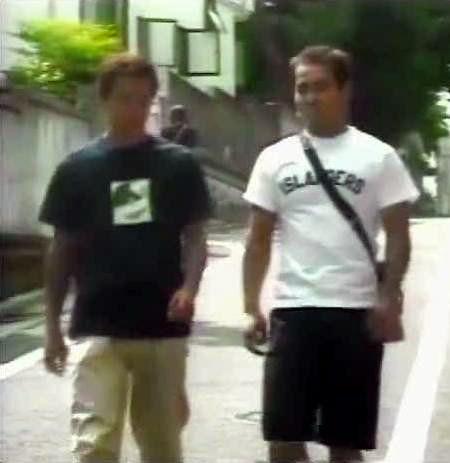 野獣先輩の「ISLANDERS」Tシャツ
