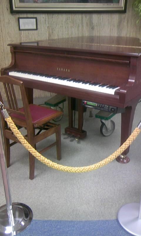 100201_142404愛知医大のピアノ