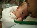 病院で育児