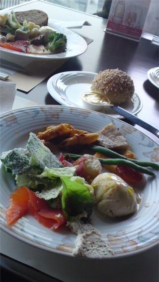 lunch412.jpg