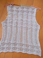 2011_061615日の畑、麻糸の0008
