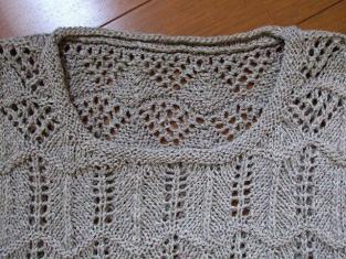 2011_0621麻セーター襟ぐり梅0002