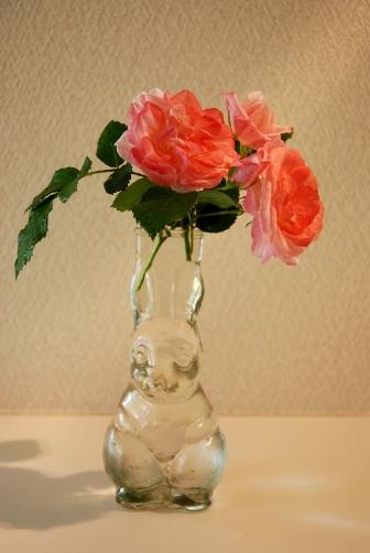 うめ花瓶・正面