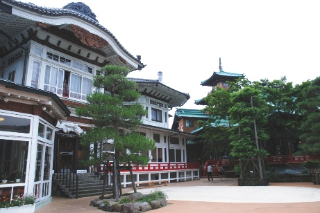富士屋・本館外観