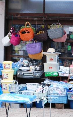 2010カラフルな買い物籠