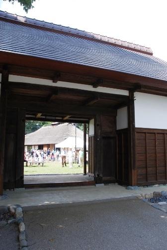 民家園の長屋門