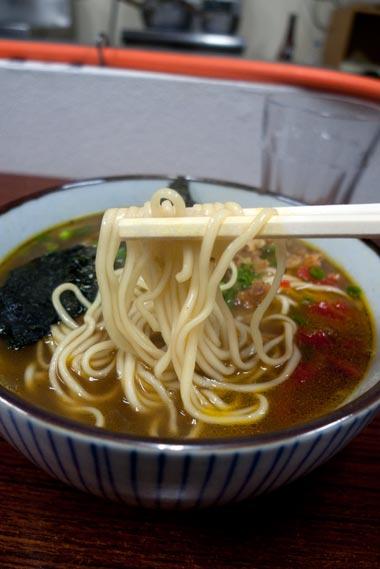 成島食堂 麺