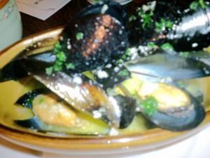 スペイン料理店 ムール貝の白ワイン蒸し