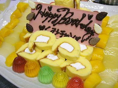 女将サン手造りケーキ♪