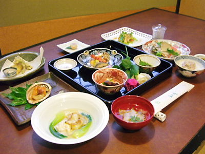 あわび懐石・大塚愛様特別料理
