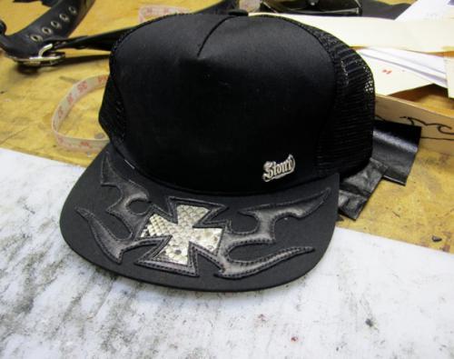 hat2s.jpg