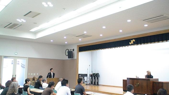 瓜田純士が甲府商工会議所大ホールで講演会