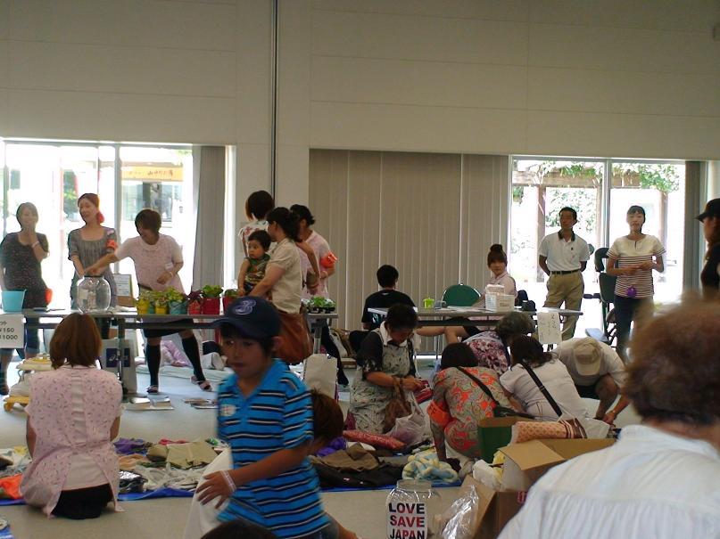 津波で両親を亡くした子供を支援する全国・山梨県・甲州桃源郷ブロガー協会のボランティア活動
