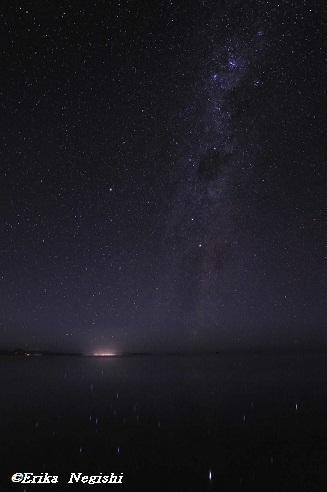 塩湖にそそぐ