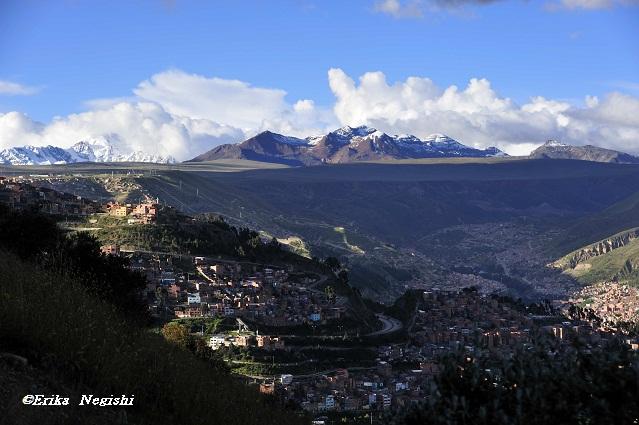ラパスの街と高山