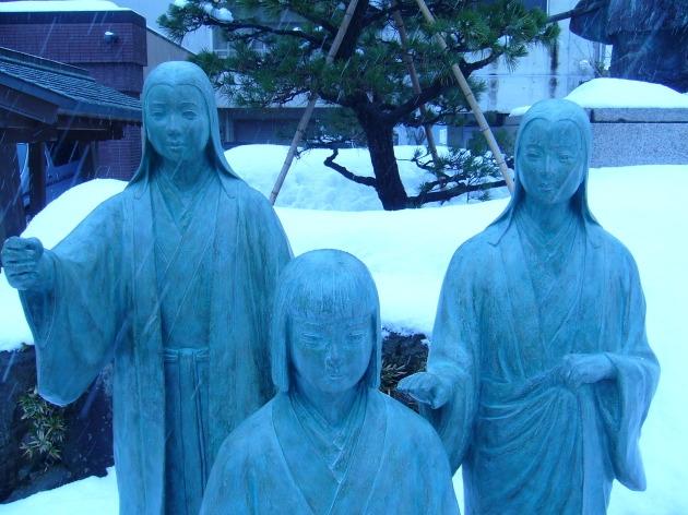 柴田神社三姉妹