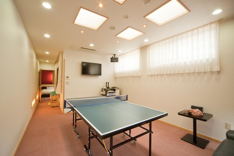 卓球もカラオケもゲームも楽しめる部屋付きプレイルーム
