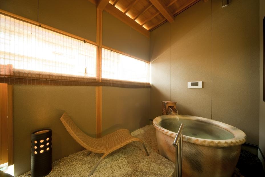 卓球もカラオケも出来る露天風呂付き客室付き露天風呂
