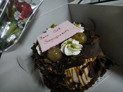 2011_0505_結婚記念日ケーキ3