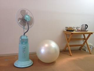 扇風機とボール