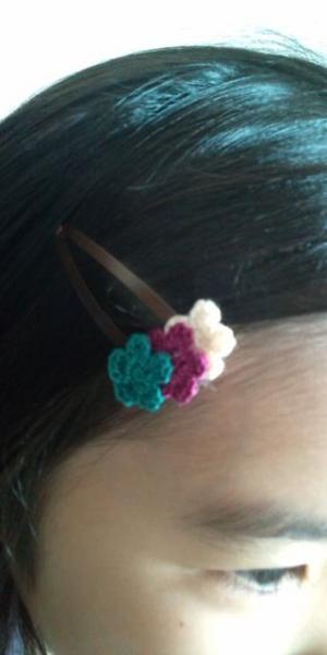 小花ヘアピン モデル1