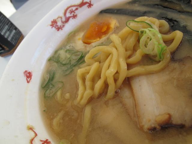 元祖 信州濃厚中華そばの麺