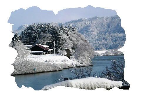 最上川の雪景色