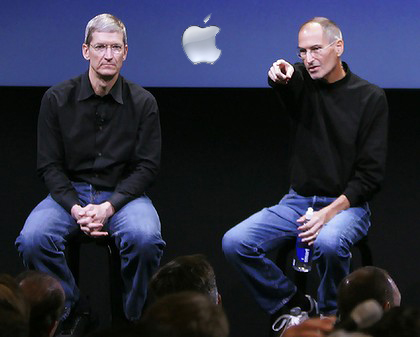 194steve-jobs-tim-cook