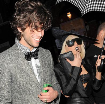 lady_gaga_and_mika_best_friends