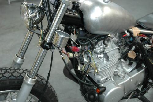 sr400-custom-4.jpg