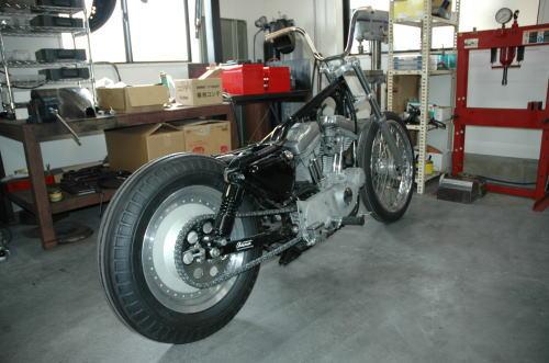 xl883c-custom1.jpg