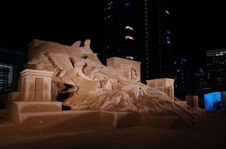 砂像『都会に舞い降りた天使の物語 II 』