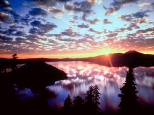 Sunrise on Wizard Island, Crater Lake National Park, Oregon