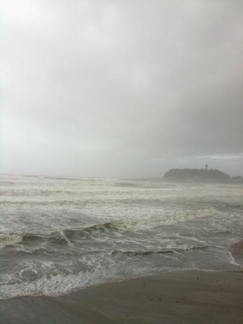 台風メーロー