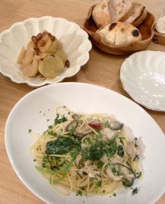 牡蠣とほうれん草のパスタ  さつまいも&リンゴ煮 2009.10.20