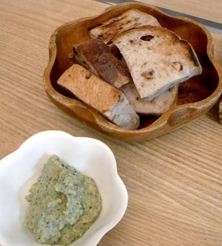 マッシュルームソース、パンに付けても美味しいよ!2009.12.27