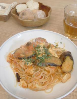 メカジキと茄子とエリンギのトマトパスタ 2010.1.22